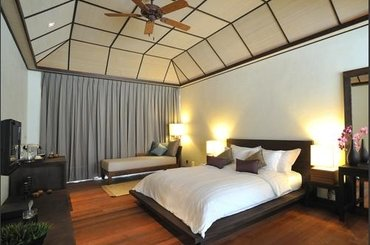 Мальдивы Lily Beach Resort &Spa