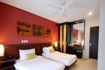 7 Stones Boracay Resort