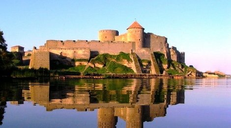 Akkerman Fortress and Shabo Wine Center Day Tour from Odessa from €80, 87