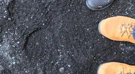 Пальцы Тролля. Черный пляж  Рейнисфияра, 89