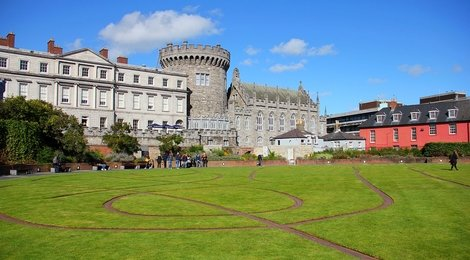 Дублинский замок, 112