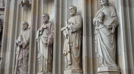 Кафедральный собор Барселоны, 84