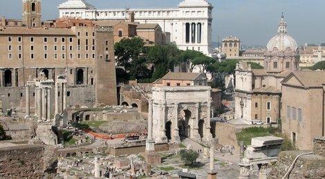 Палатин в Риме, 83