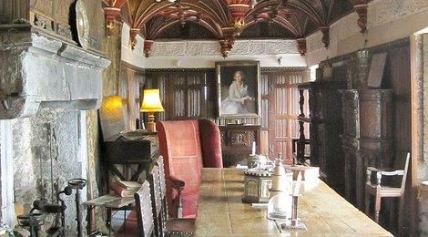 Замок Бунратти, 83