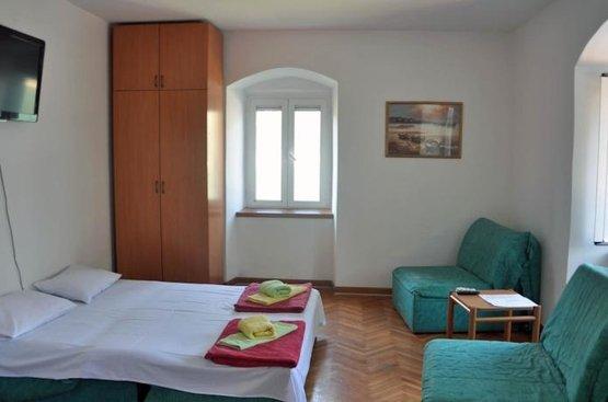 Черногория app Kamena Palata
