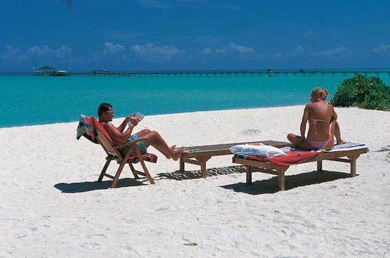 Мальдивы Holiday Island Resort