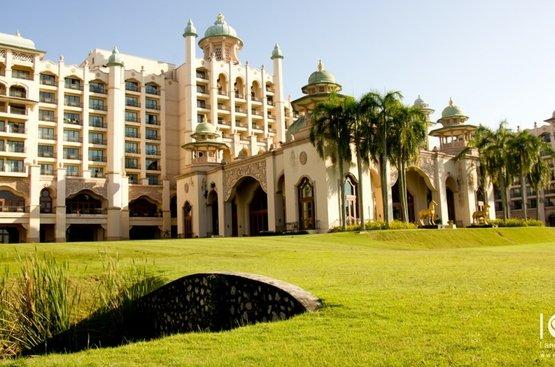 Малайзия Palace Of The Golden Horses