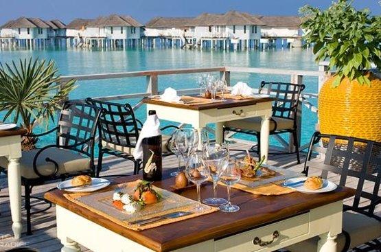 Мальдивы Centara Grand Island Resort&Spa
