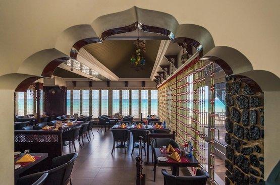 Сейшелы Coral Strand Smart Choice Hotel