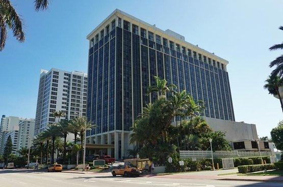 США Miami Beach Resort & Spa