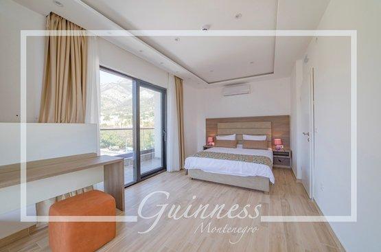 Черногория Guinness Hotel