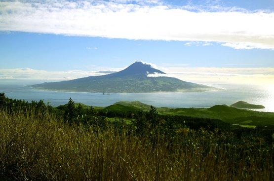ПОРТУГАЛИЯ: Азорские острова (3 острова), 87