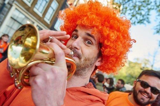 "Амстердам ""День Короля"" , 84"