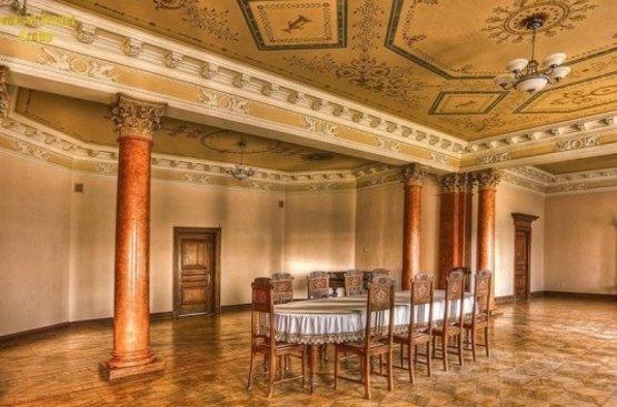 УКРАИНА: Дворцы Черниговщины, 97