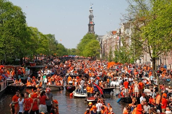 "Амстердам ""День Короля"" , 88"
