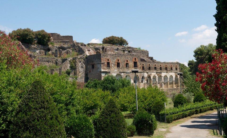Замки и парки Рима + Неаполь