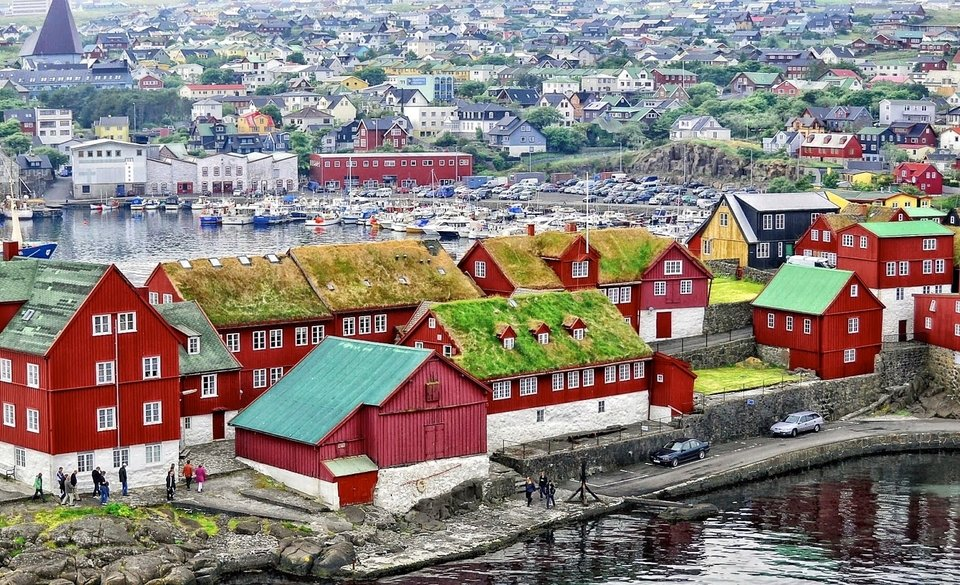 Фареры, Вестманские острова и Дания